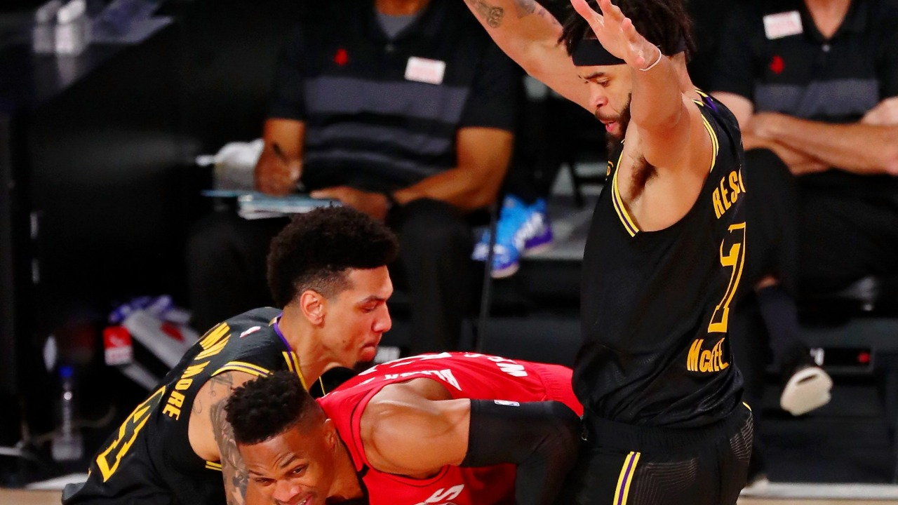 Lakers Lose Starter to Injury in Game 2 Against Rockets ...