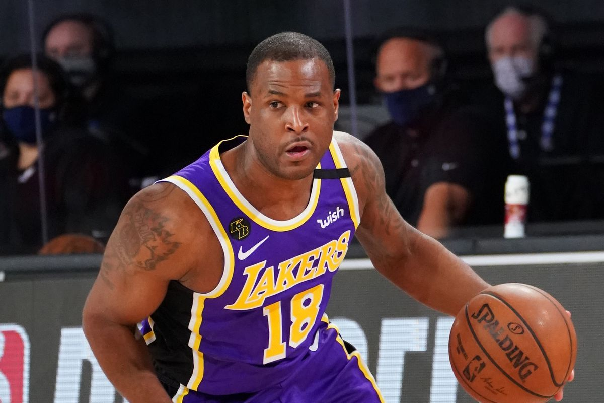 Dion Waiters in Awe of His Lakers Championship Ring as he Shows ...